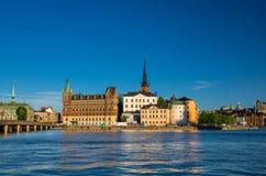 Riddarholmeneiland met Riddarholm-Kerkspitsen, Stockholm, Sw royalty-vrije stock afbeeldingen