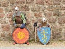 Ridders in een pantser en met het wapen Royalty-vrije Stock Afbeelding