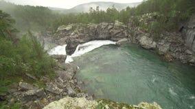 Ridderspranget gwałtowni w rzecznym Sjoa, Norwegia zbiory