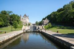 Rideau-Kanal-Verschlüsse in Ottawa Ontario Kanada lizenzfreies stockbild