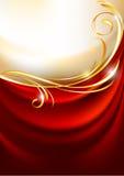 Rideau rouge en tissu sur le fond d'or Photographie stock libre de droits