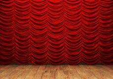 Rideau rouge et plancher en bois Photographie stock