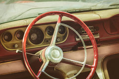 Riden ut dammig inre av en klassisk bil Royaltyfria Bilder