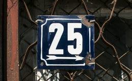 Riden ut emaljerad platta nummer 25 Royaltyfri Bild