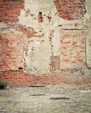 Riden ut väggbakgrund för tegelsten grunge Arkivbilder
