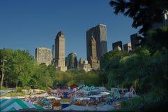 rider den centrala nya parken för karnevalet york Arkivbild