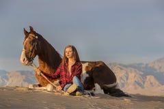Rider And Her Horse femminile Immagini Stock