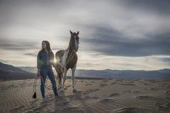 Rider And Her Horse femminile Fotografie Stock Libere da Diritti