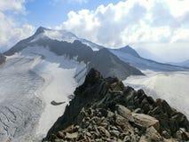 Ridge nelle alpi di Stubai Immagini Stock