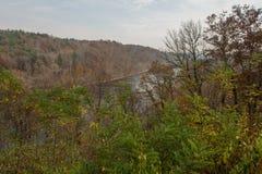 Ridge Parkway azul, río amplio francés Fotos de archivo