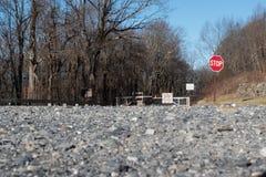 Ridge Parkway Closed azul para el cierre foto de archivo libre de regalías