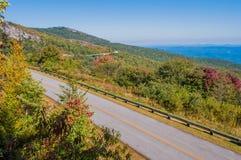 Ridge Parkway Scenic Mountains Overlook azul Imagen de archivo libre de regalías