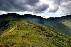 Ridge zu Hart Crag von Hartsop über wie lizenzfreies stockfoto