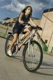 riding девушки велосипеда Стоковое Фото