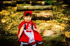 riding клобука красный стоковая фотография
