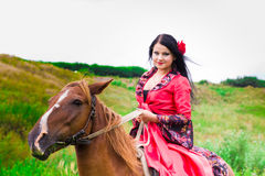 riding лошади красивейшей девушки цыганский Стоковые Фото
