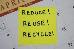Riduca, riutilizzi, ricicli la nota Fotografia Stock Libera da Diritti