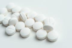 Riduce in pani la medicina per le sanità Immagini Stock