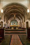 Rieden Γερμανία 15 04 2018 το εσωτερικό μιας απλής εκκλησίας με τις σειρές άδειων θέσεων και το όμορφο παλαιό ανώτατο όριο Στοκ εικόνα με δικαίωμα ελεύθερης χρήσης