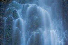 Riegue el detalle en la cascada de Sorrosal en Broto, Huesca Imagen de archivo