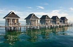 Riegue las casas en la isla de Mabul - Borneo, Sabah, Malasia Fotografía de archivo