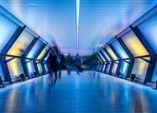 Riel transversal, Canary Wharf, Londres, Reino Unido Fotos de archivo libres de regalías