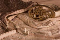 Riem en zak op headscarves Stock Afbeelding
