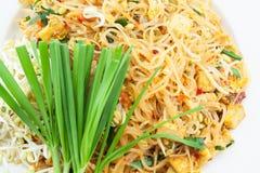 Riempia l'isolato tailandese su alimento bianco e tailandese Immagine Stock
