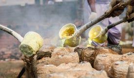 Riempia l'oro nella muffa dell'immagine di Buddha Fotografia Stock