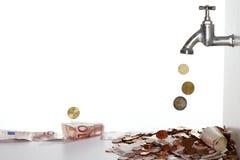 Riempire i soldi Fotografia Stock Libera da Diritti
