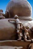 Riese-Buddha-Naturschutzgebiet Wuxis Lingshan u. x22; 100 Kinderspiel Maitreya& x22; große Bronzeskulptur Lizenzfreies Stockfoto