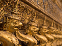 Riese Garuda am Tempel des Smaragds, Bangkok, Thailand Stockfotos