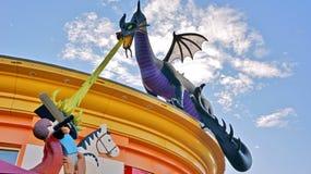 Riese Lego Dragon Lizenzfreie Stockfotos