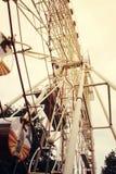 Riesenrad getont in der Weinleseart lizenzfreies stockfoto