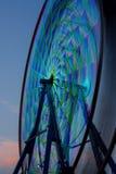 Riesenrad herein die Bewegung, genommen mit einer langen Belichtung Stockfotografie