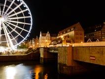 Riesenrad herein Gdansk nachts am 16. August 2014 Lizenzfreies Stockbild