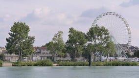 Riesenrad von Avignon, Frankreich stock footage