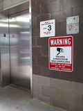 Riesgo aislado del elevador Foto de archivo