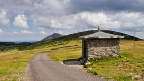 Riesige Berge Lizenzfreies Stockfoto