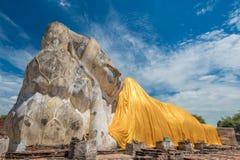 Riesige Buddha-Statue Lizenzfreie Stockfotos