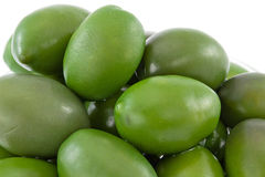 Riesige grüne Oliven Stockfotografie