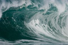 Riesige hohle Welle lizenzfreies stockbild