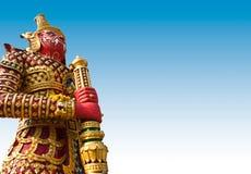 Riesige Statue im Tempel, Generalily in Thailand, irgendeine Art Kunst verziert in der buddhistischen Kirche. Es sind public domai Lizenzfreie Stockbilder