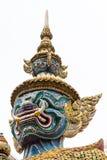 Riesige Statue an Wat-pra kaew lokalisiert auf Weiß lizenzfreies stockfoto