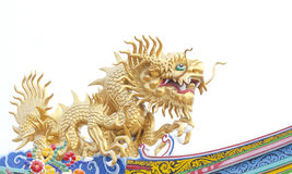 Riesiger goldener chinesischer Drache für Jahr 1212. Lizenzfreie Stockfotos