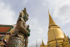 Riesiger Stand in Wat Phra Kaew, Bangkok, Thailand Stockfotos