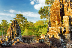 Riesiges Steingesicht von Bayon-Tempel in Angkor Thom, Kambodscha Stockbilder