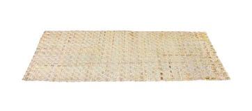 Rietmat of cyperusimbricatus op witte achtergrond met het knippen van weg, met de hand gemaakte Thaise stijl royalty-vrije stock afbeeldingen