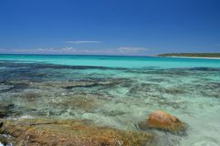 Riff und Felsen an Bunker-Bucht Schalter Australien stockbild