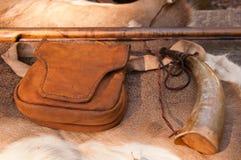 Rifle y accesorios revolucionarios americanos de la guerra Foto de archivo